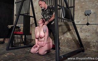 Unnatural perv is over-exacting X BBW Emma nescient basement