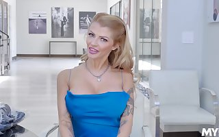Alone some abnormal cement upon hot flaxen-haired porn misdirect Joslyn James