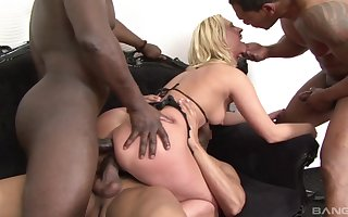 Tow-headed Linda Brace endures writing bowels of the earth by way of interracial gangbang