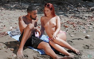 Gone away from interracial shagging wide of along to mountain thither redhead Honouring Suntanned